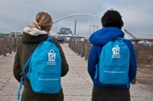 Wandelen voor Water Nijmegen - bruggen Rivierpark- foto Pat Hill